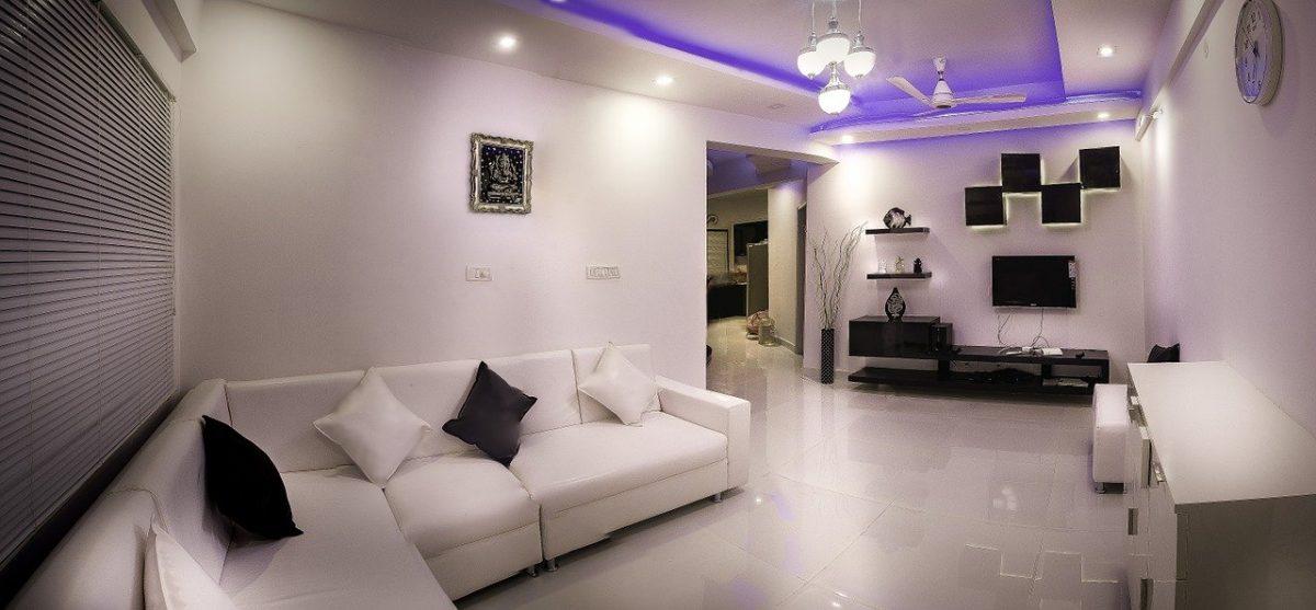 צמודי קיר / שקועי רצפה – איך תבחרו תאורה יוקרתית לבית?